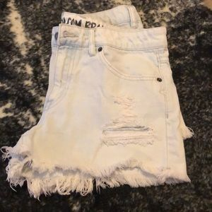 Volcano distressed shorts